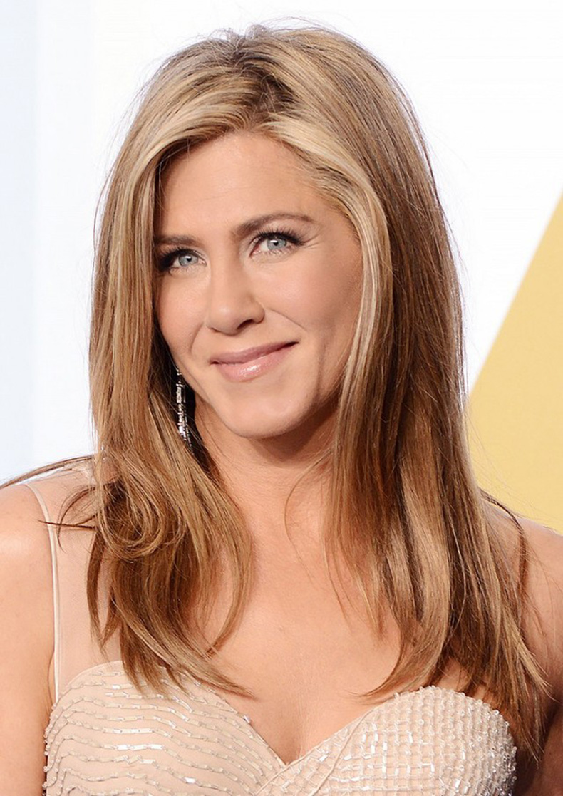 the-blond-guide-13-stunning-shades-for-your-next-hair-appointment-1642749-1454376917.640x0c
