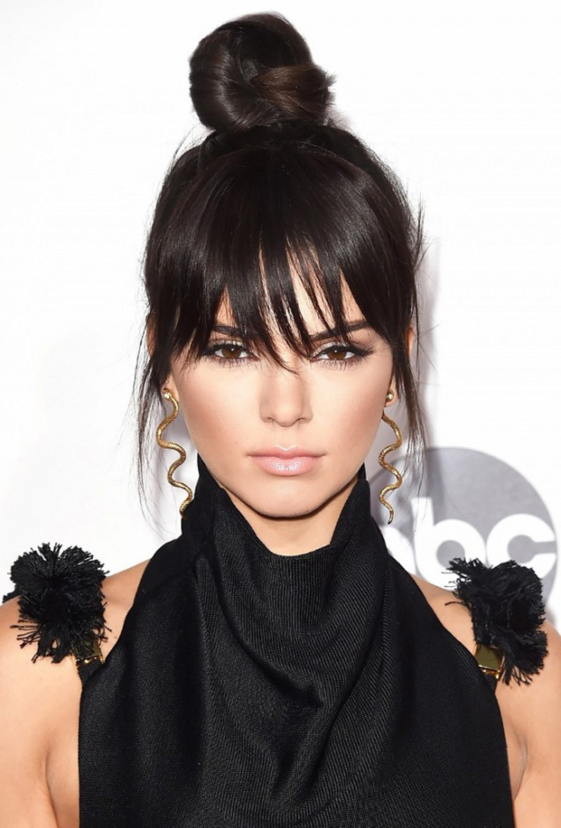 the-kendall-jenner-topknot-and-tk-celebs-who-are-loving-the-look-1670254-1456273871.640x0c