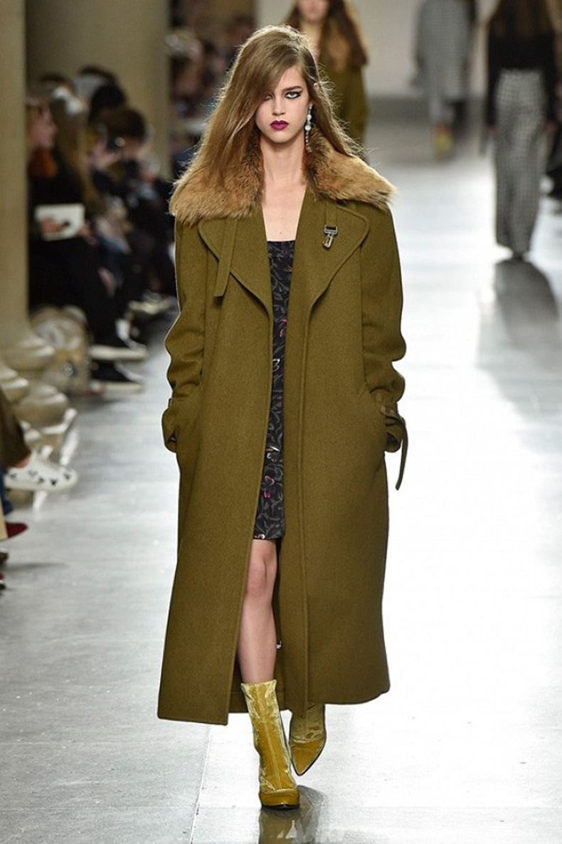 the-topshop-pieces-youll-see-everywhere-this-fall-1666405-1456087299.600x0c