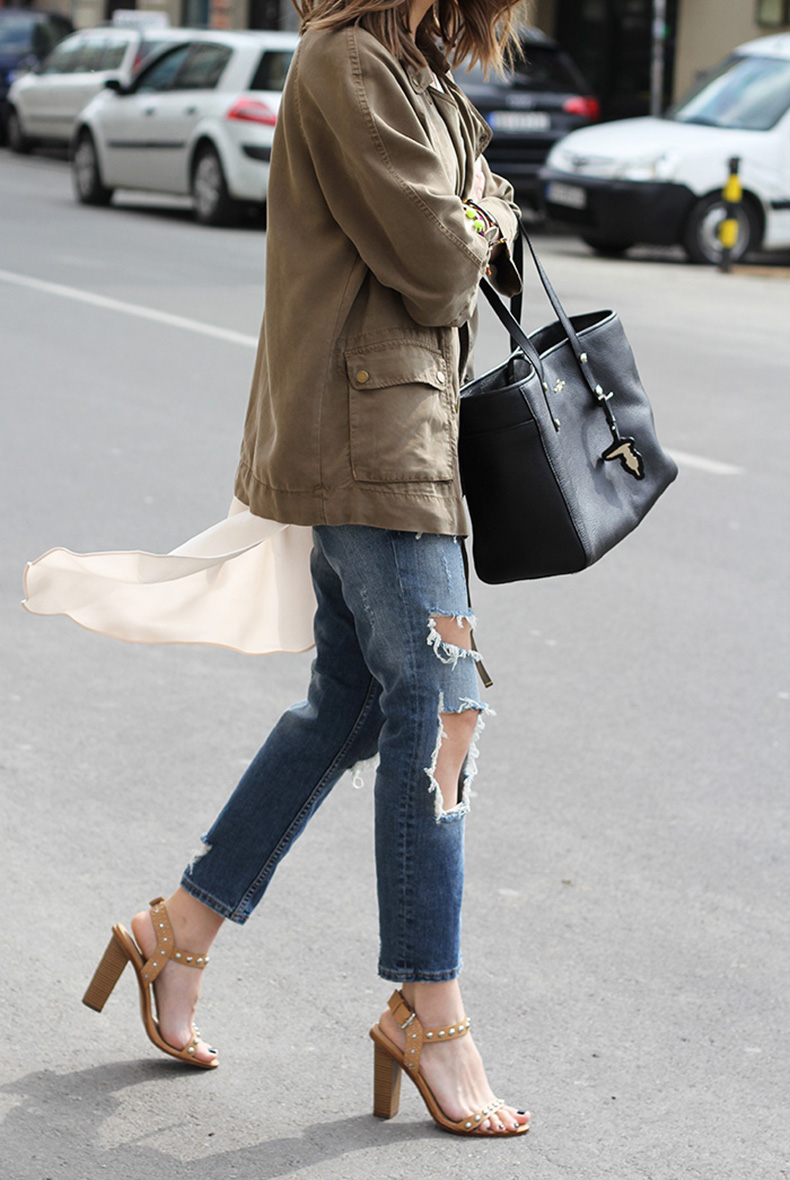 vanja-fashion-and-style-blog-zara-jeans-zara-sandals-trussardi-bag-xyz-premium-store-belgrade-zara-jacket