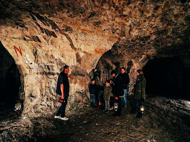 Chiselhurst-Caves-3