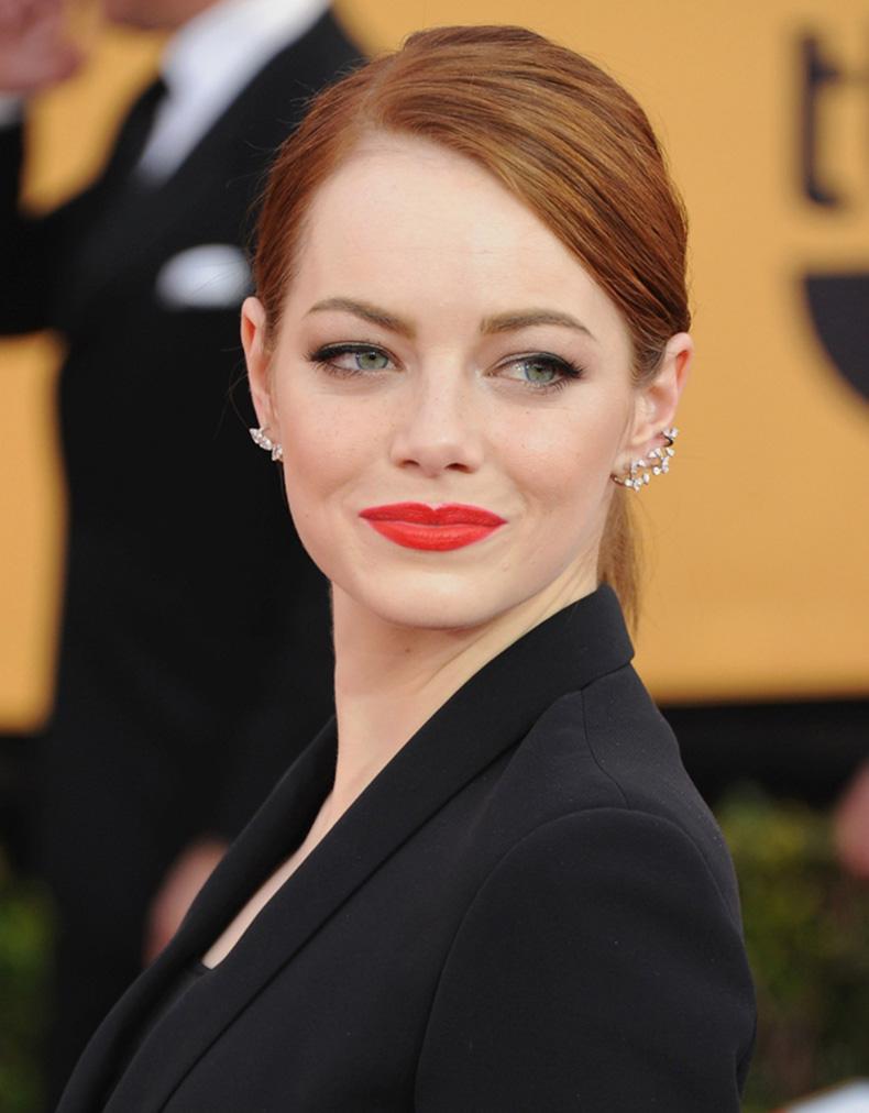 Emma-Stone-Bold-Red-Lipstick