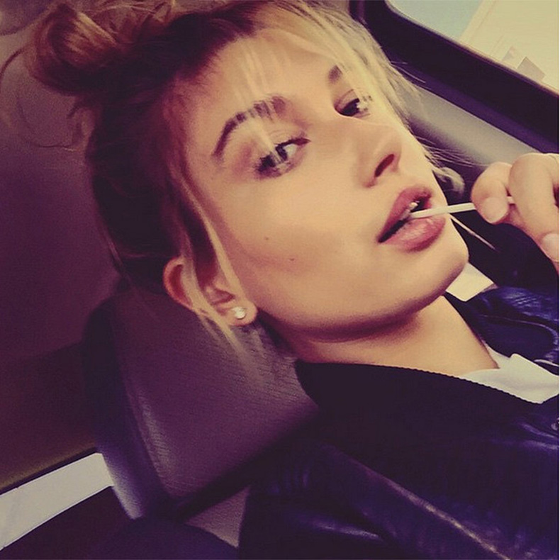 Hailey-Baldwin-Beautiful-Instagram-Pictures