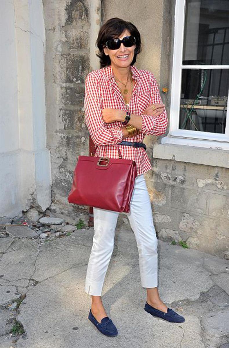 Ines-de-La-Fressange-2Paris-Fashion-Week-Spring-Summer-2012-Ready-To-Wear-Giambattista-Valli-Arrivals-75aa57673295ff8490c802d12fe18b2d-1