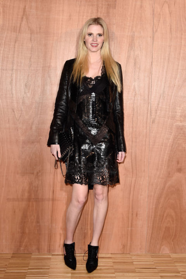 Lara-Stone-in-Givenchy