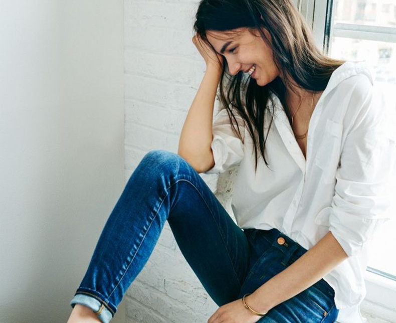 Le-Fashion-Blog-Casual-Weekend-Style-Button-Up-Skinny-Jeans-White-Vans-High-Top-Sneakers-Via-Madewell-736x600