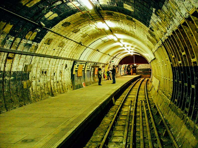 Strand-or-Alwych-Tube-Station-2