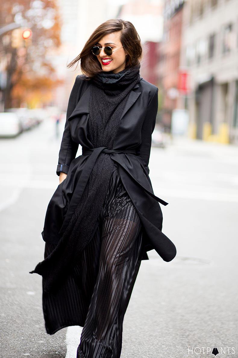 do-the-hotpants-dana-suchow-goth-black-maxi-dress-nyc-streetstyle-mac-ruby-woo-16