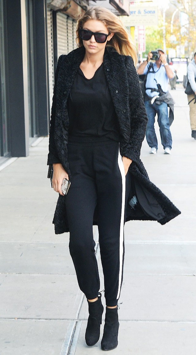 how-to-look-chic-on-the-weekends-according-to-gigi-hadid-1685418-1457135429.640x0c