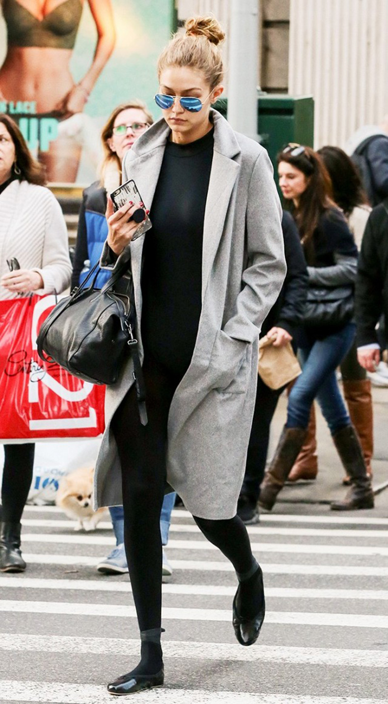 how-to-look-chic-on-the-weekends-according-to-gigi-hadid-1685419-1457135429.640x0c