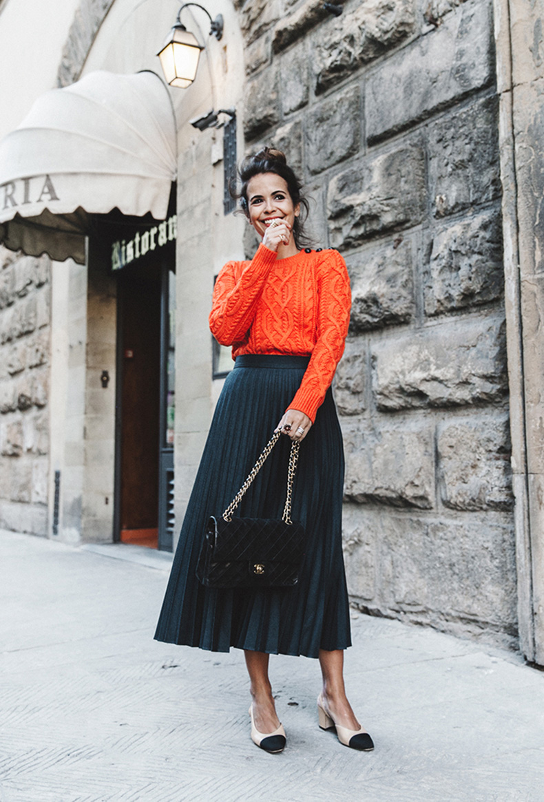 how-to-wear-orange-outfit-collage-vintage