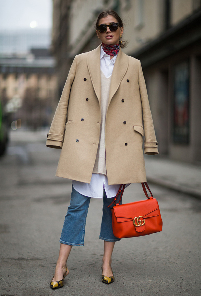 how-to-wear-orange-outfit-street-style
