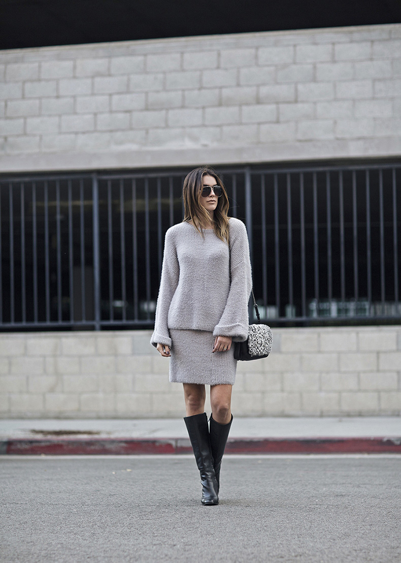 knit-coordinates-grey-sweater