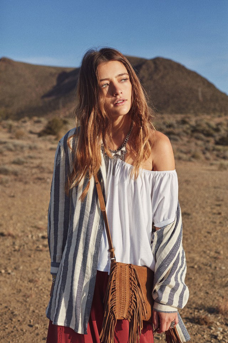 mango-just-planned-all-of-your-coachella-outfits-1699692-1458226181.640x0c