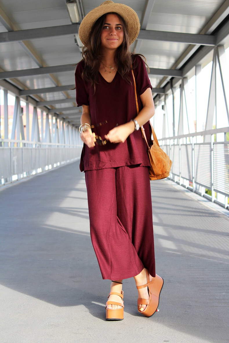 street+style+total+burgundy+look-(1)
