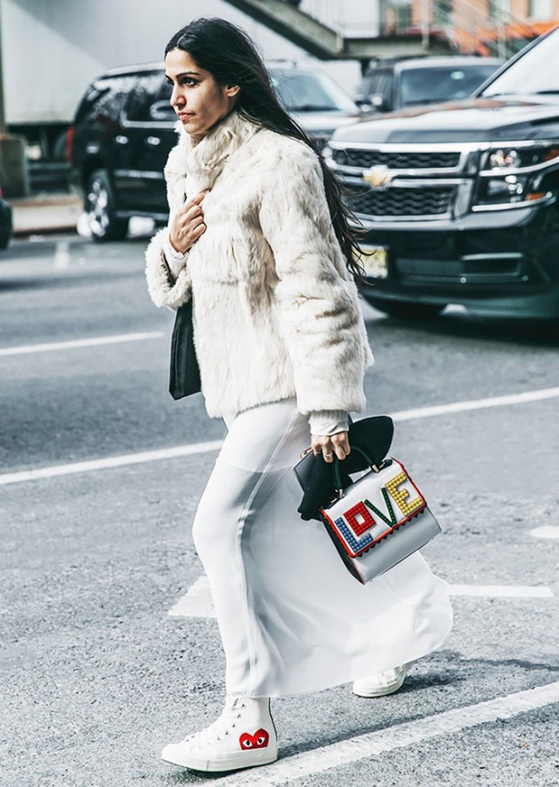 the-best-bags-at-new-york-fashion-week-this-season-1663289-1455822105.640x0c