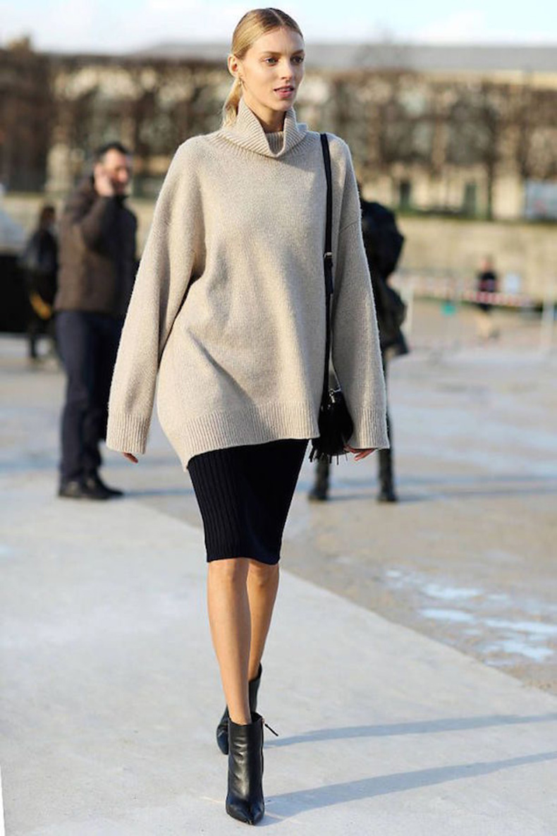 turtleneck-and-skirt-