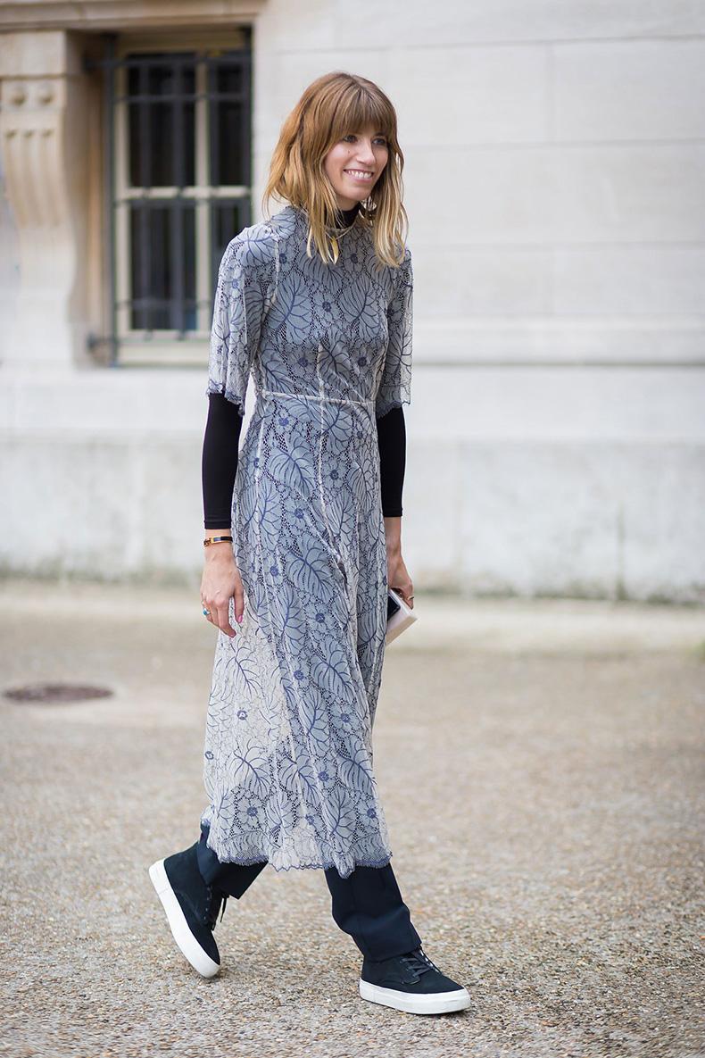 00-vintage-dress-tech-sneakers