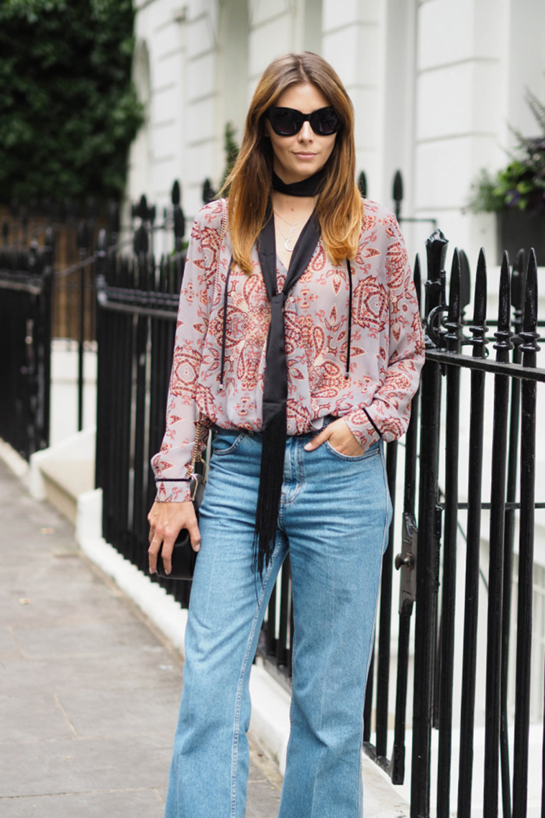 EJSTYLE-wears-paisley-print-top-skinny-fringe-scarf-Topshop-wide-leg-cropped-jeans-70s-inspired-outfit