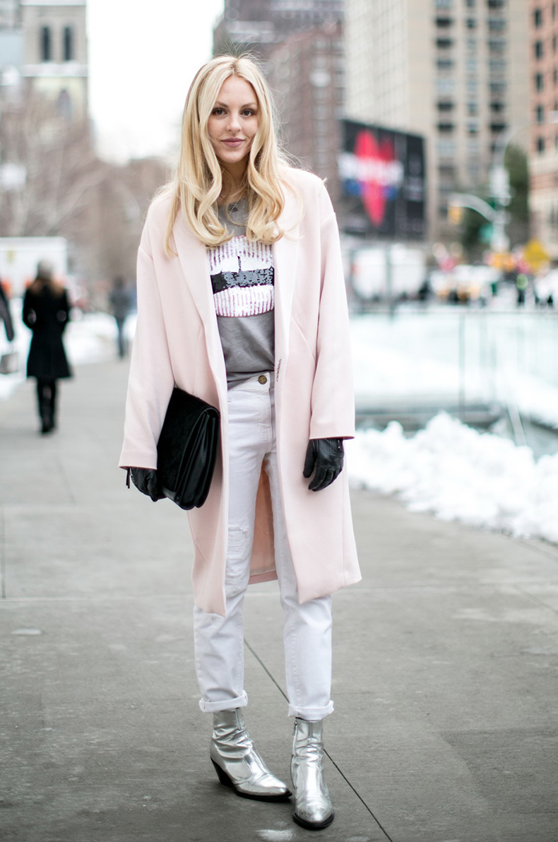 How-To-Wear-Metallics-A-Complete-Street-Style-Guide-6