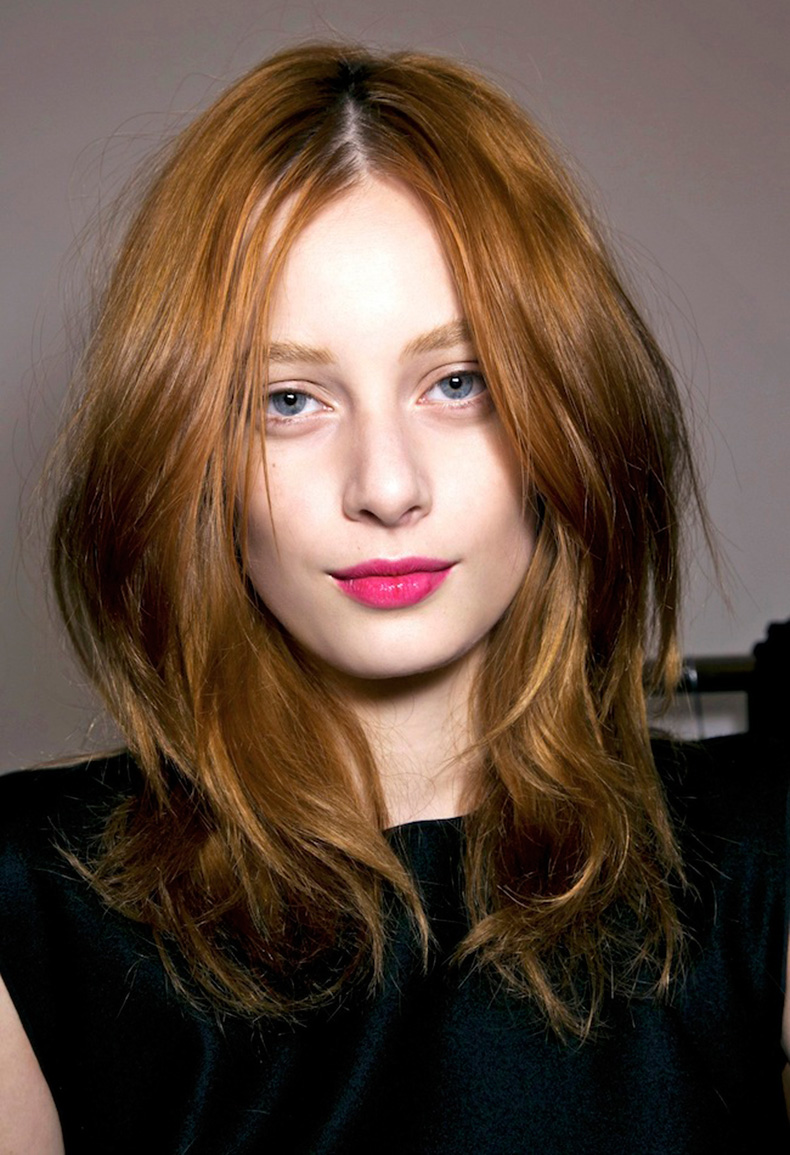 Le-Fashion-Blog-Beauty-Inspiration-Bright-Fuchsia-Pink-Lips-Glossy-Lipstick-Model-Red-Hair-Backstage