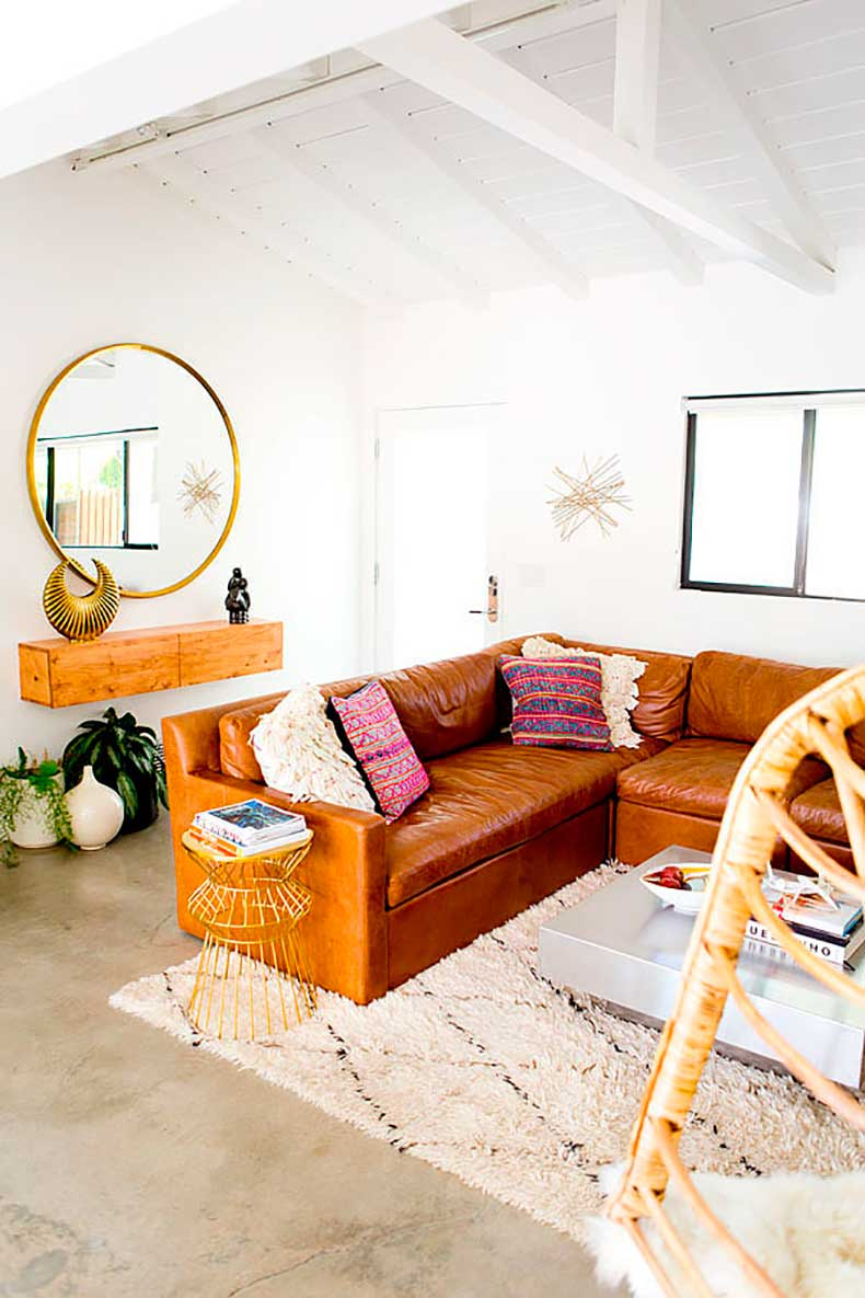a454c64f_the_mora_house_living_room_march201403.xxxlarge