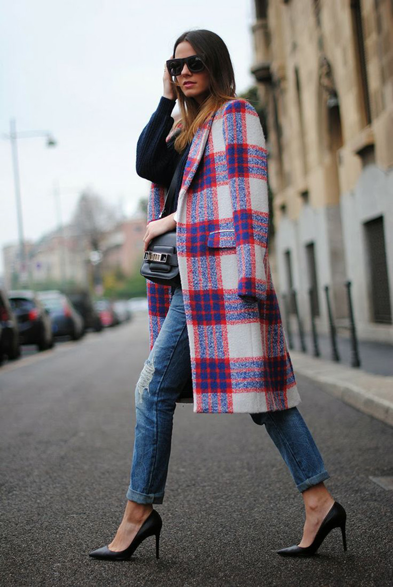 amp-up-basic-skinnies-with-a-bold-print-coat-kate-dimmock-jacket-fashion-street-style-outfit-street-styles-fall-winter-coats-plaid-coat