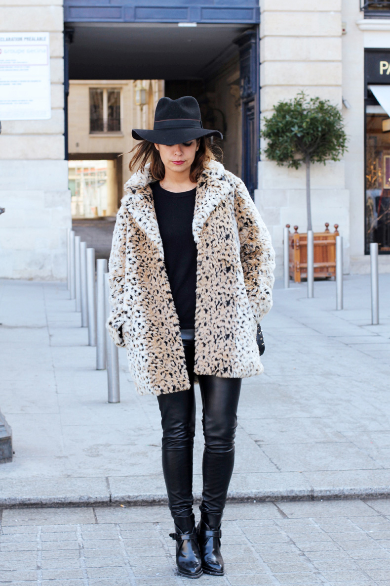 animal-print-street-style-fake-fur-coat