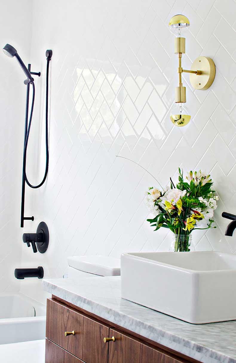 b63f9518_Bathroom-sneak-peek-666x1024.xxxlarge
