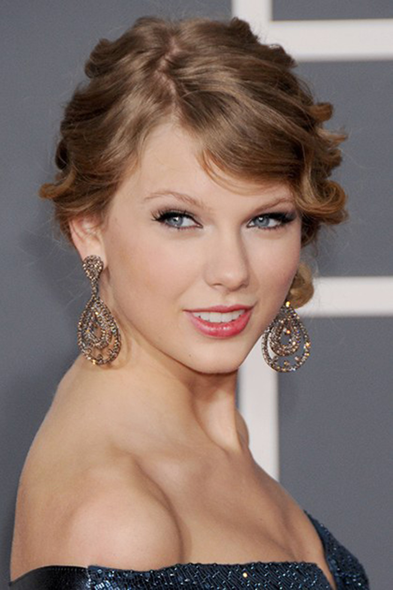 beauty-celebrity-beauty-2014-07-beauty-evolution-taylor-swift-08