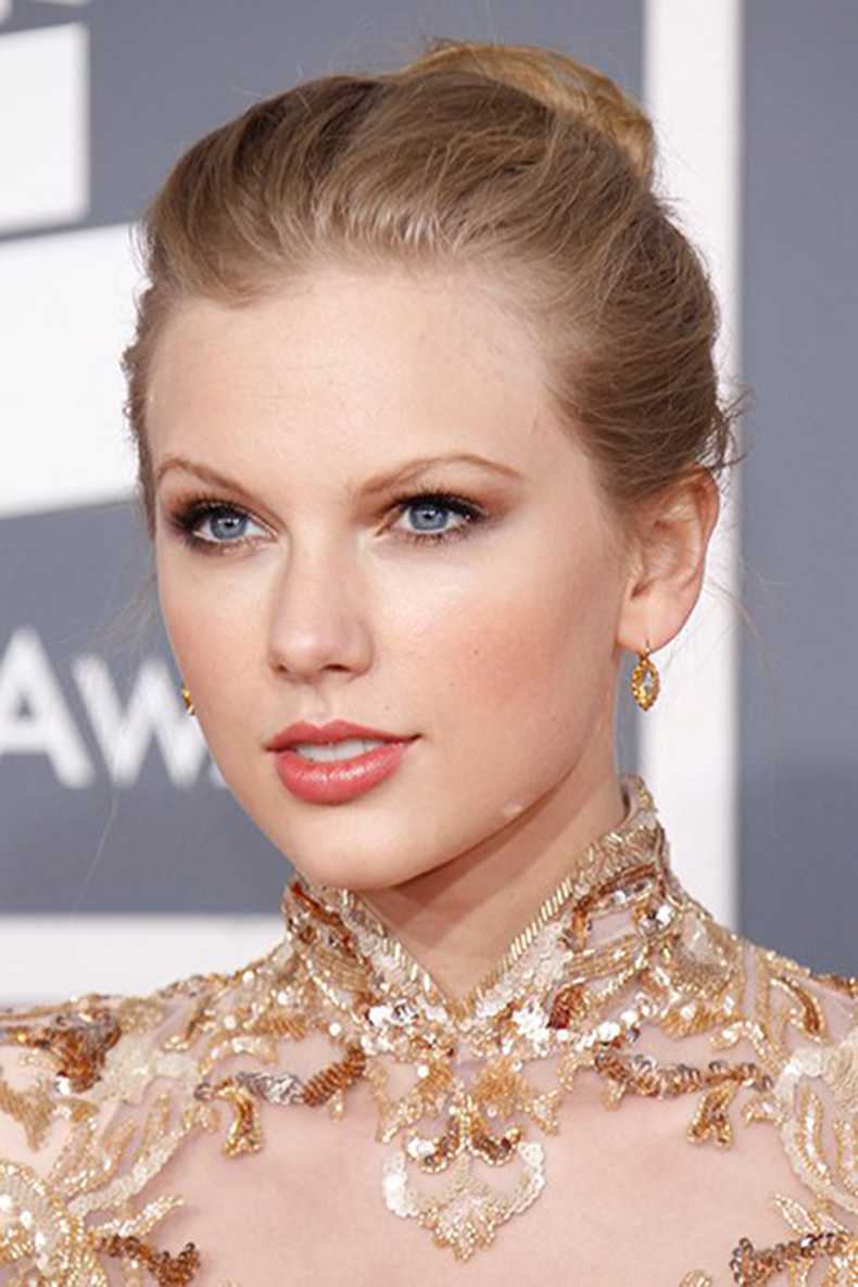 beauty-celebrity-beauty-2014-07-beauty-evolution-taylor-swift-14