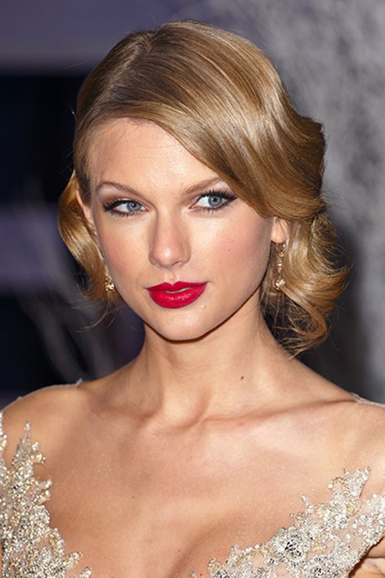 beauty-celebrity-beauty-2014-07-beauty-evolution-taylor-swift-26