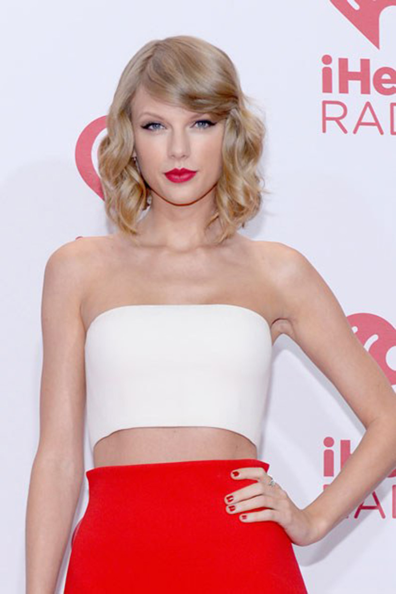 beauty-celebrity-beauty-2014-07-beauty-evolution-taylor-swift-37
