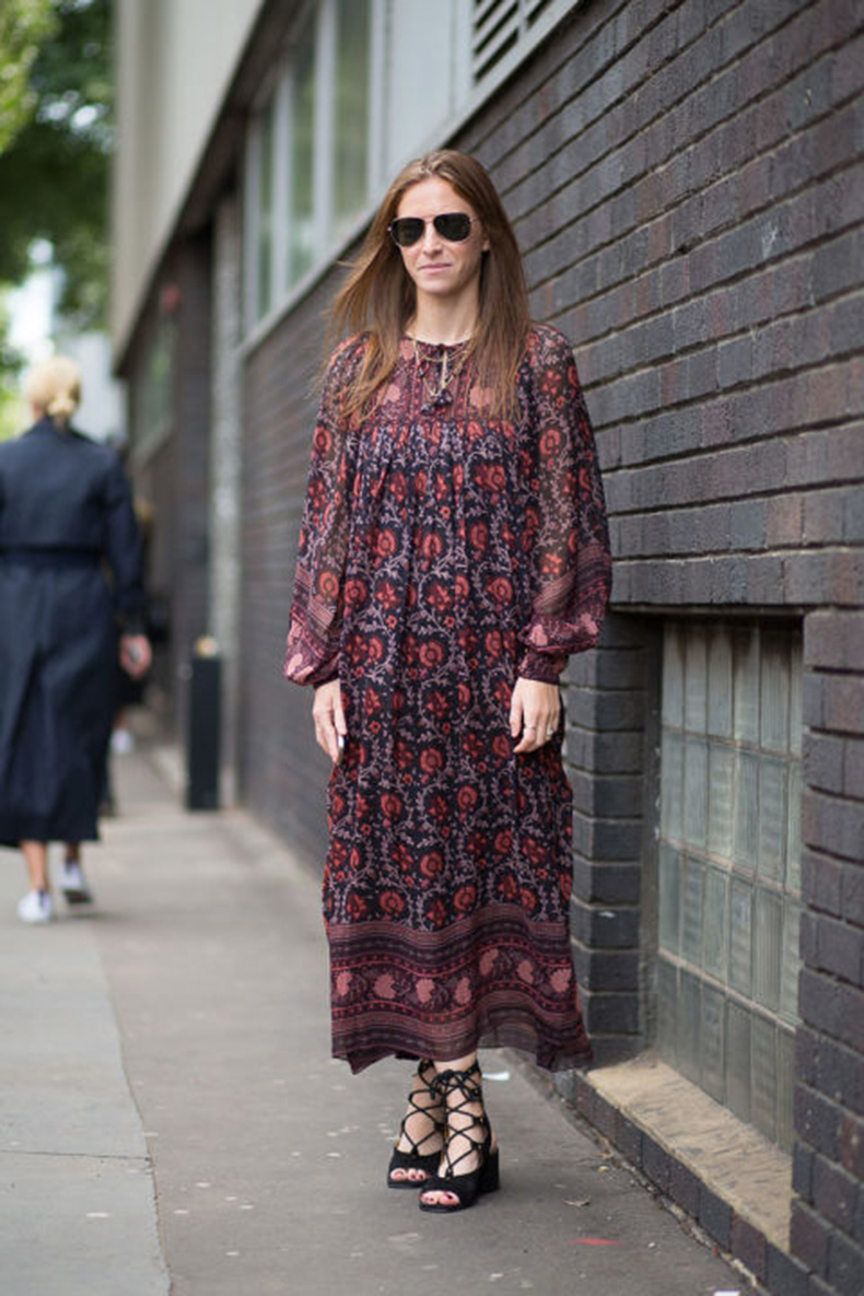 boho-maxi-dress-fall-dresses-fall-prints-lace-up-sandals-platforms-fall-dresses-prints-lfw-street-style-via-harpersbazaar.com_