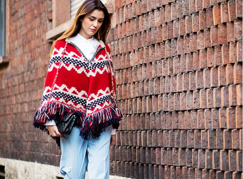 fall-boho-trend-poncho-fringe-boho-prints-via-the-urban-spotter