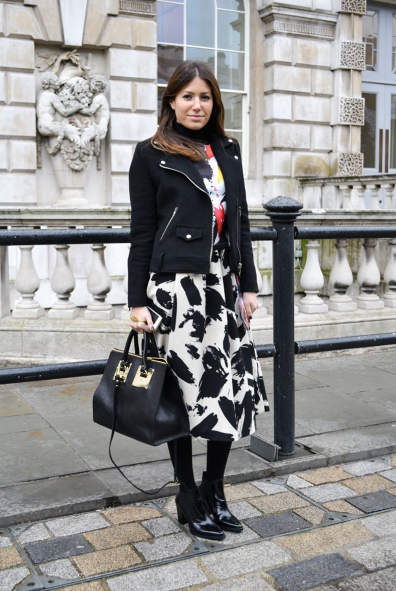 the-midi-skirt-street-style-london-fashion-week-aw14-_-1-687x1024