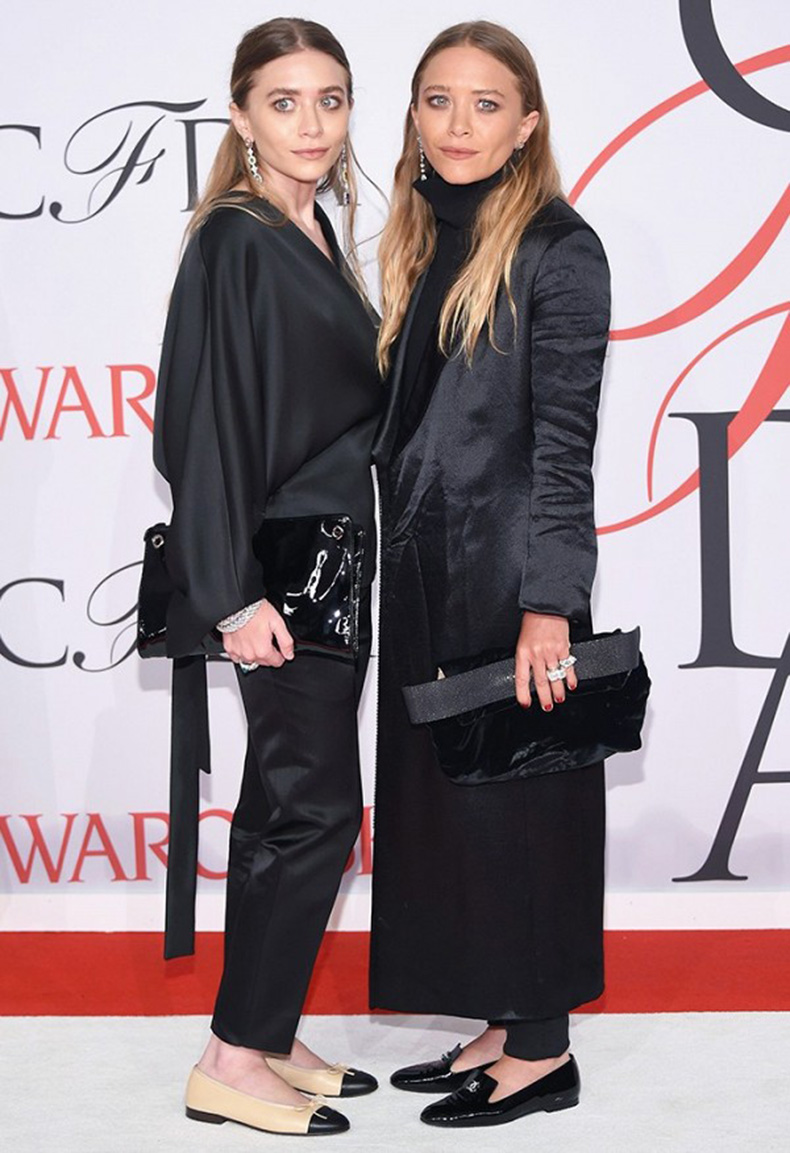 the-olsens-wear-these-shoes-over-and-over-again-1731084-1460581141.600x0c