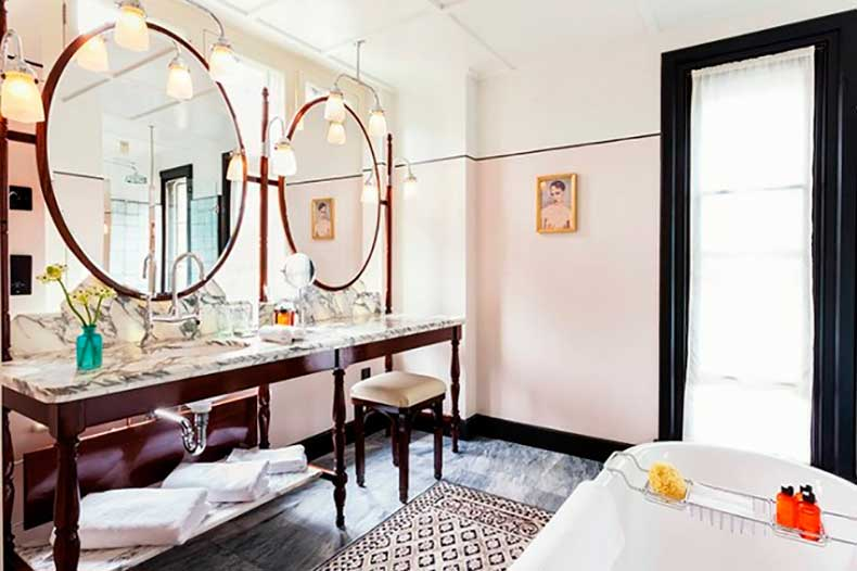 this-neat-trick-makes-your-room-look-bigger-and-chic-1731582-1460589714.640x0c