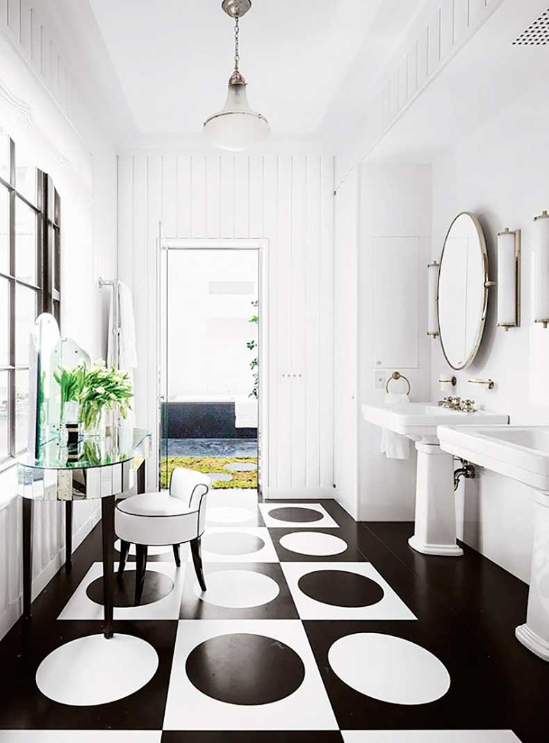 this-neat-trick-makes-your-room-look-bigger-and-chic-1731591-1460589750.640x0c