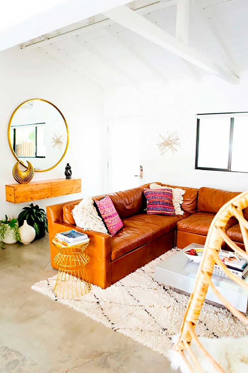 this-neat-trick-makes-your-room-look-bigger-and-chic-1731602-1460589762.640x0c