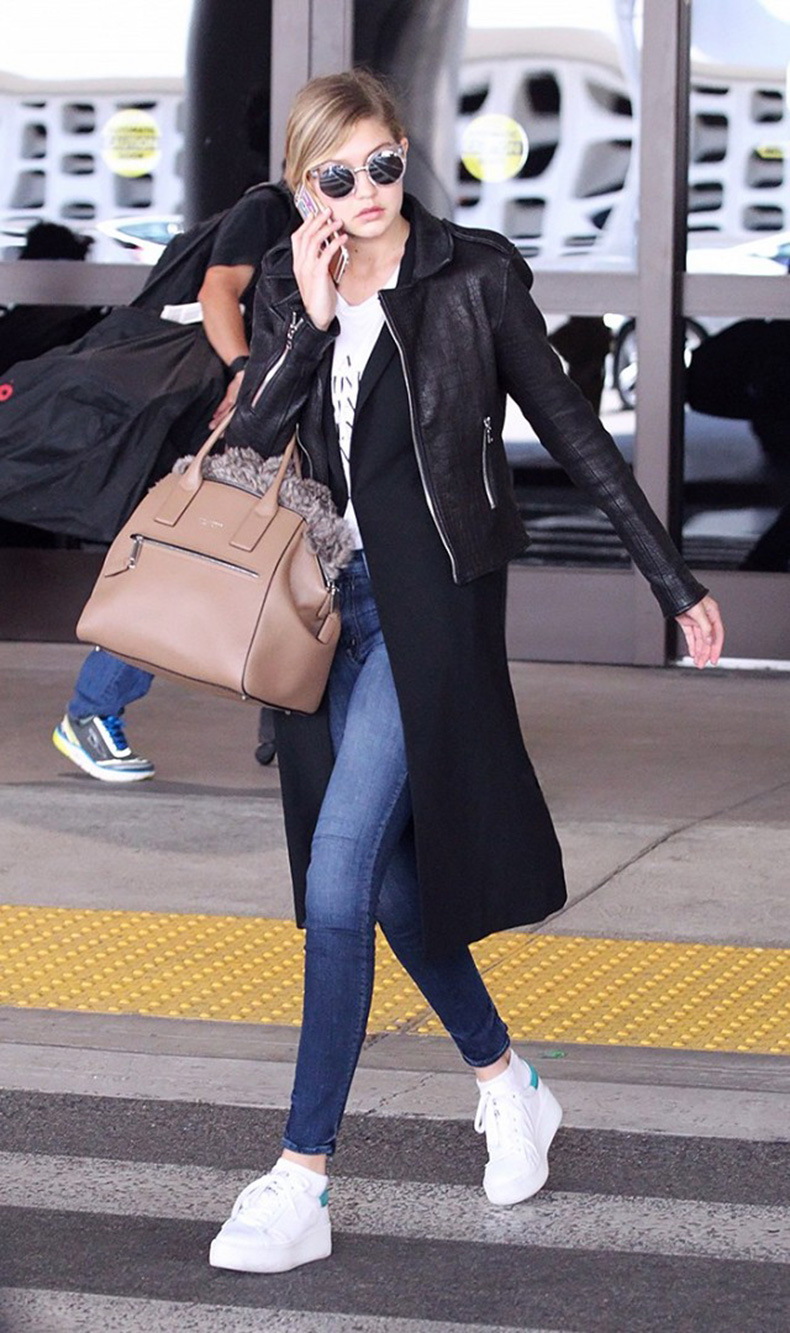 tk-things-models-always-wear-to-the-airport-1715668-1459440489.640x0c