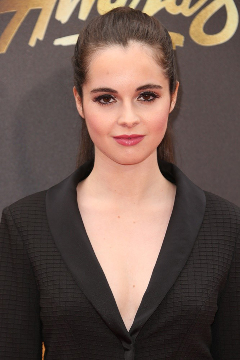 vanessa-marano-2016-mtv-movie-awards-01