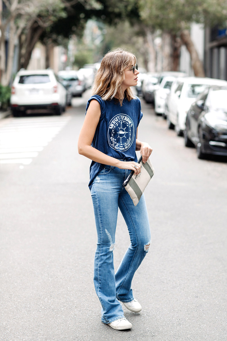vintage-tshirt-flared-jeans-chronicles-of-her