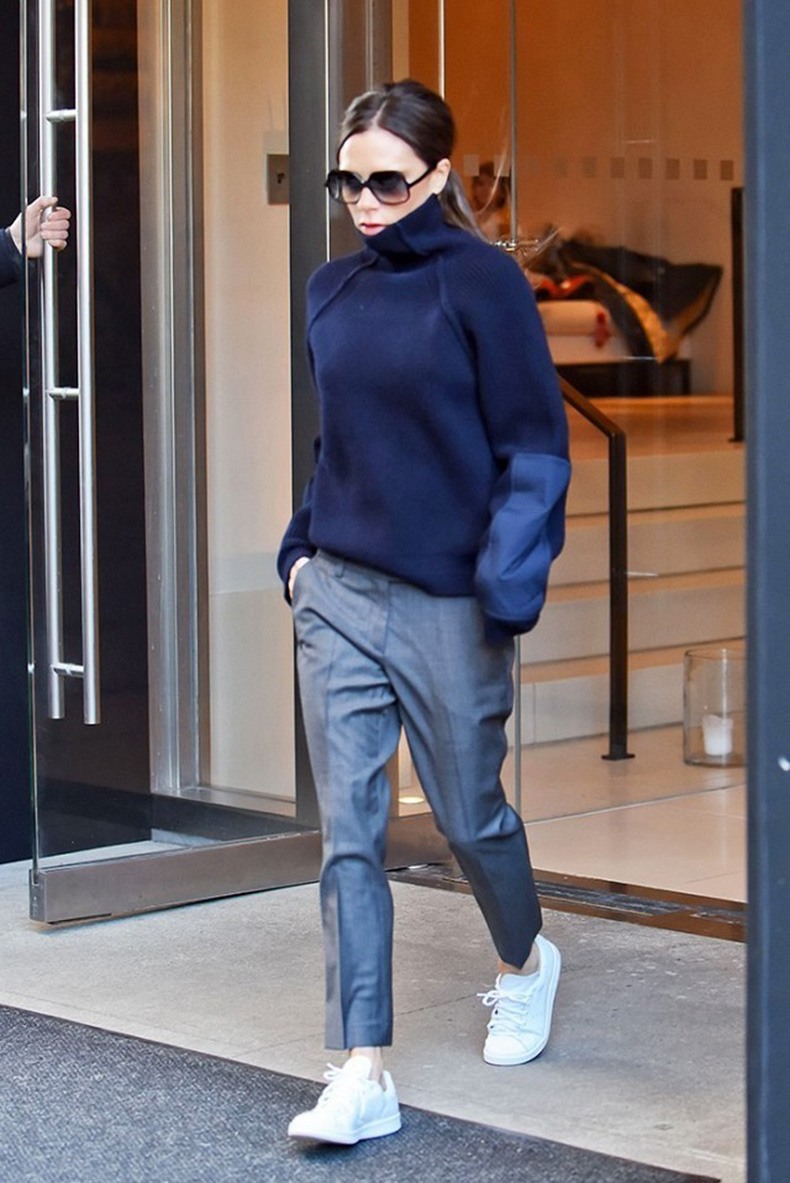 why-victoria-beckham-is-giving-up-heels-for-sneakers-1673819-1456446187.640x0c