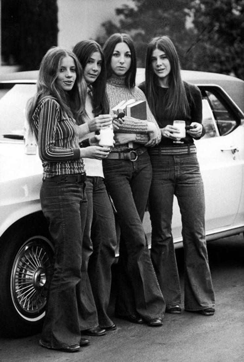 La Completa Evolucion De Los Jeans En Los Ultimos 70 Anos Cut Paste Blog De Moda