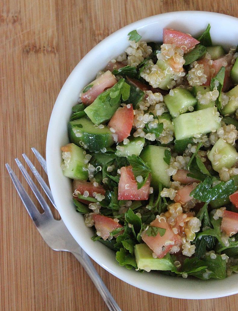 377b5bd4c4dbd58a_jennifer-aniston-salad.xxxlarge