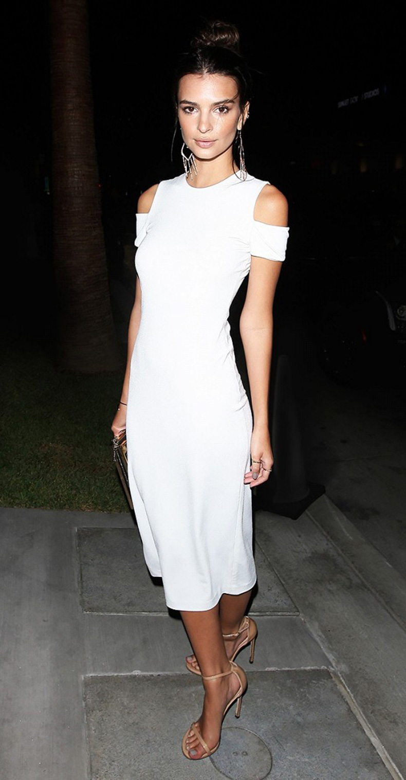 5-cute-celeb-outfits-you-can-re-create-for-way-less-1752884-1461990495.600x0c