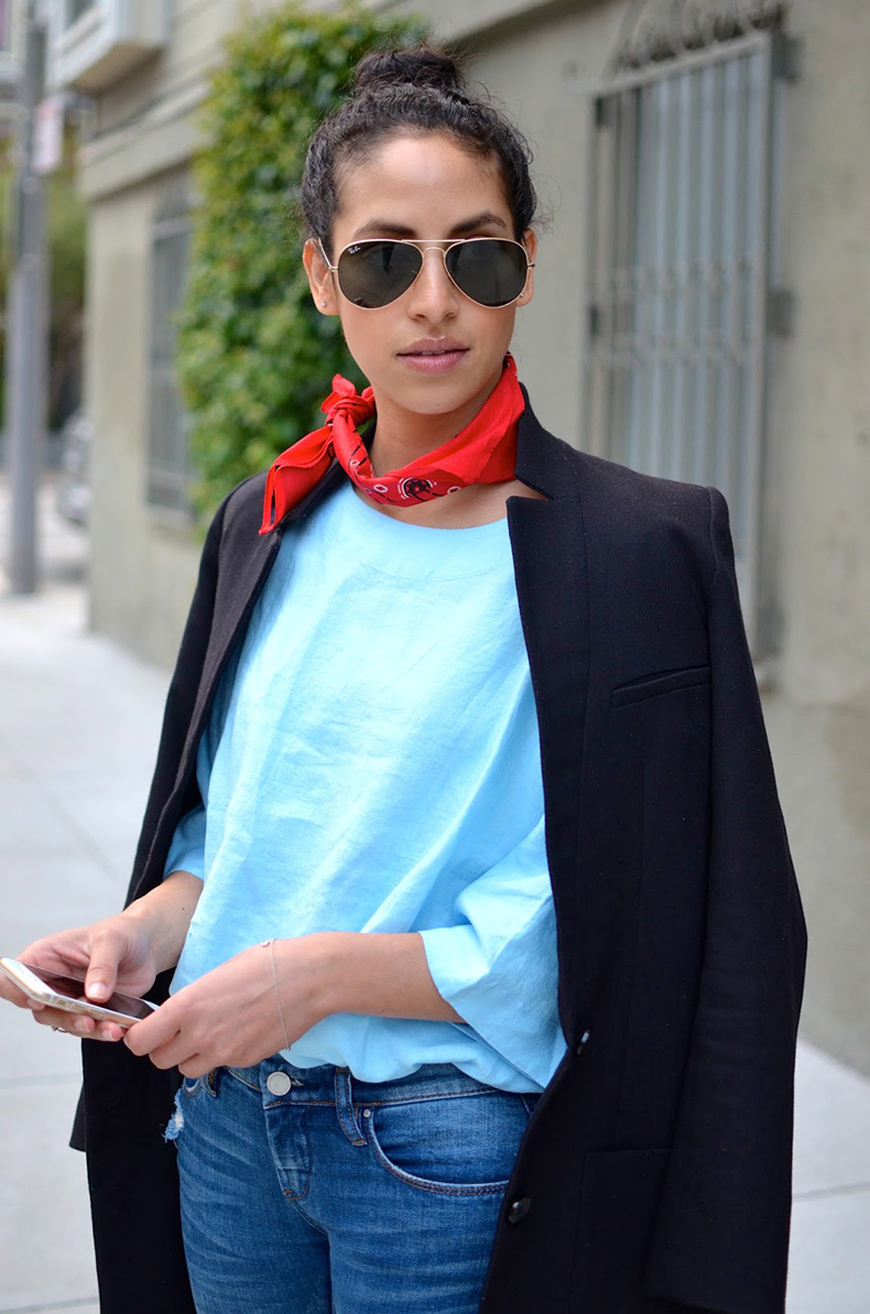 Allergic-to-Vanilla--SF-style-blog,-red-bandana-neck-scarf,-Blank-skinny-jeans