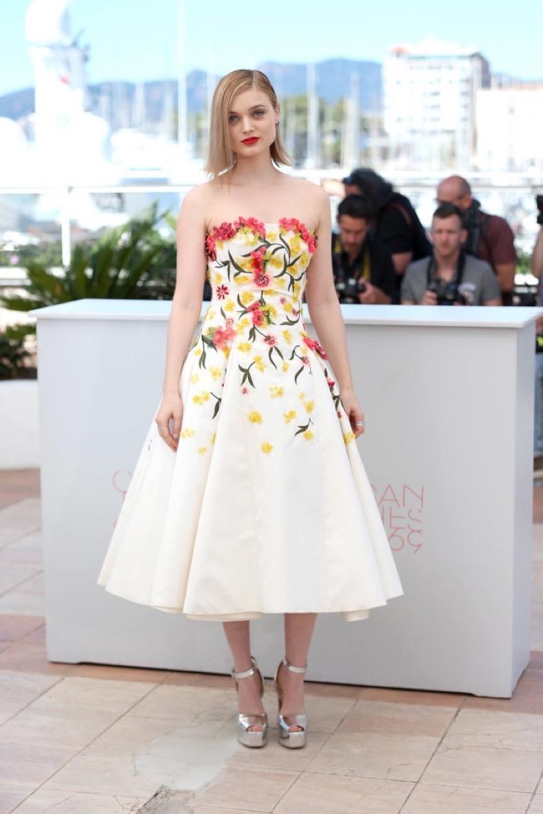 Bella-Heathcote-chose-floral-Giambattista-Valli-gown-Neon
