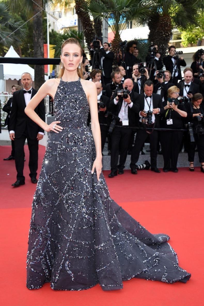 Daria-Strokous-wore-dazzling-gown-Giuseppe-Zanotti-heels